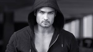 Vivian Dsena Instagram, Twitter, Facebook, Age, Wife, Images, Family, Biography, Height, Wiki (5)