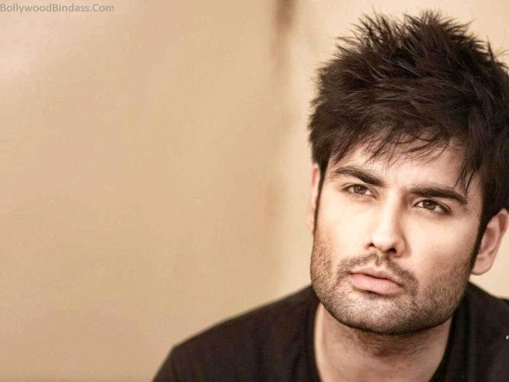 Vivian Dsena Instagram, Twitter, Facebook, Age, Wife, Images, Family, Biography, Height, Wiki (6)