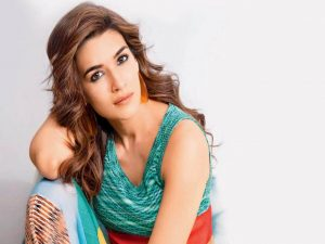Kriti Sanon Age, Height, Photo (images), Height In Feet, Pic, Biography, Date Of Birth, Instagram, Education, Birthday, Family, Husband, On Twitter, Facebook, Net Worth, Wiki (13)