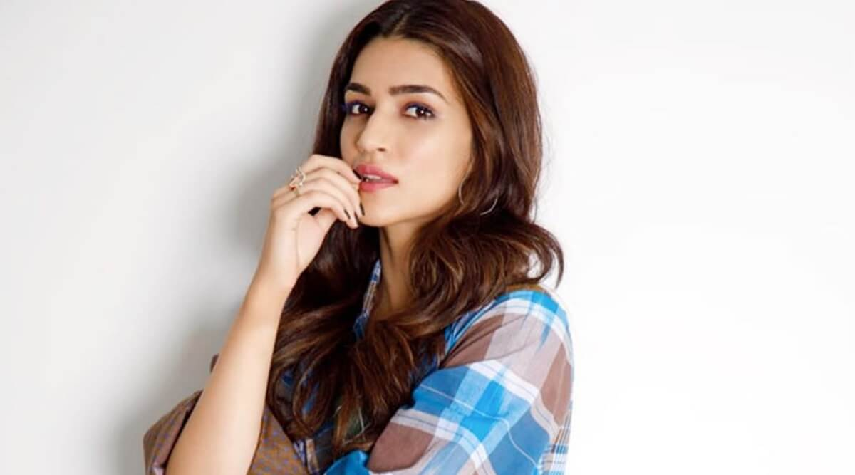 Kriti Sanon Age, Height, Photo (images), Height In Feet, Pic, Biography, Date Of Birth, Instagram, Education, Birthday, Family, Husband, On Twitter, Facebook, Net Worth, Wiki (16)