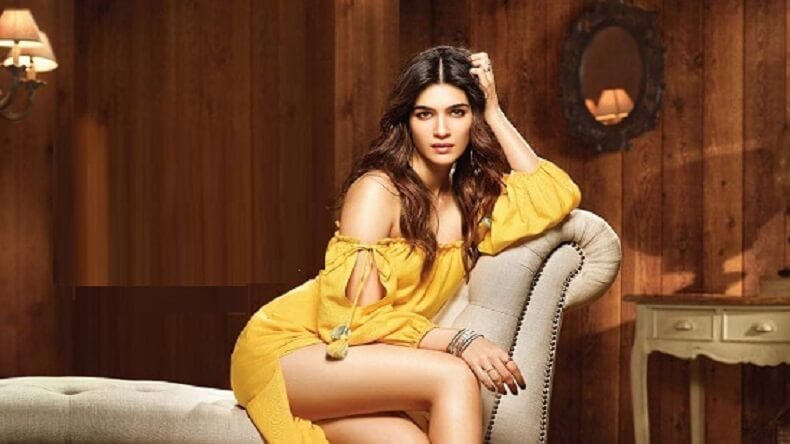 Kriti Sanon Age, Height, Photo (images), Height In Feet, Pic, Biography, Date Of Birth, Instagram, Education, Birthday, Family, Husband, On Twitter, Facebook, Net Worth, Wiki (19)