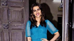 Kriti Sanon Age, Height, Photo (images), Height In Feet, Pic, Biography, Date Of Birth, Instagram, Education, Birthday, Family, Husband, On Twitter, Facebook, Net Worth, Wiki (2)