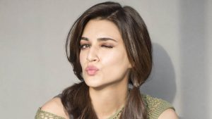 Kriti Sanon Age, Height, Photo (images), Height In Feet, Pic, Biography, Date Of Birth, Instagram, Education, Birthday, Family, Husband, On Twitter, Facebook, Net Worth, Wiki (35)