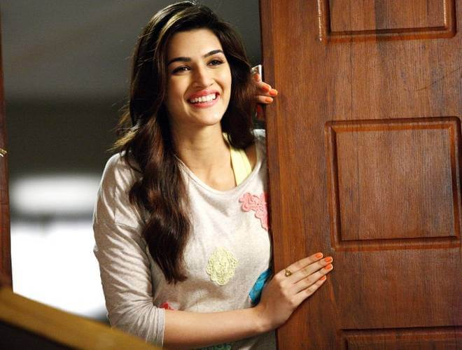 Kriti Sanon Age, Height, Photo (images), Height In Feet, Pic, Biography, Date Of Birth, Instagram, Education, Birthday, Family, Husband, On Twitter, Facebook, Net Worth, Wiki (36)