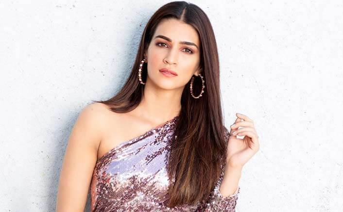 Kriti Sanon Age, Height, Photo (images), Height In Feet, Pic, Biography, Date Of Birth, Instagram, Education, Birthday, Family, Husband, On Twitter, Facebook, Net Worth, Wiki (40)