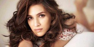 Kriti Sanon Age, Height, Photo (images), Height In Feet, Pic, Biography, Date Of Birth, Instagram, Education, Birthday, Family, Husband, On Twitter, Facebook, Net Worth, Wiki (42)