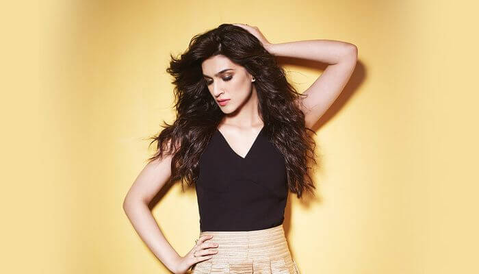 Kriti Sanon Age, Height, Photo (images), Height In Feet, Pic, Biography, Date Of Birth, Instagram, Education, Birthday, Family, Husband, On Twitter, Facebook, Net Worth, Wiki (44)