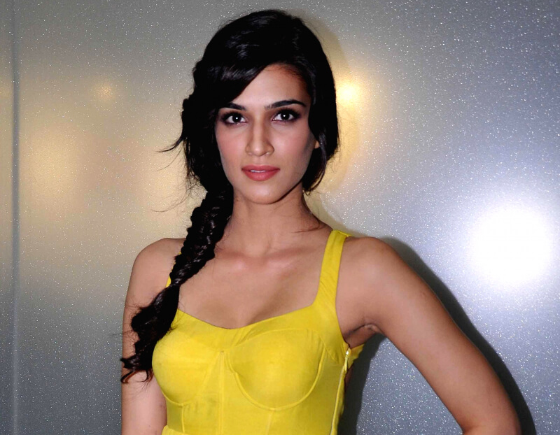 Kriti Sanon Age, Height, Photo (images), Height In Feet, Pic, Biography, Date Of Birth, Instagram, Education, Birthday, Family, Husband, On Twitter, Facebook, Net Worth, Wiki (51)