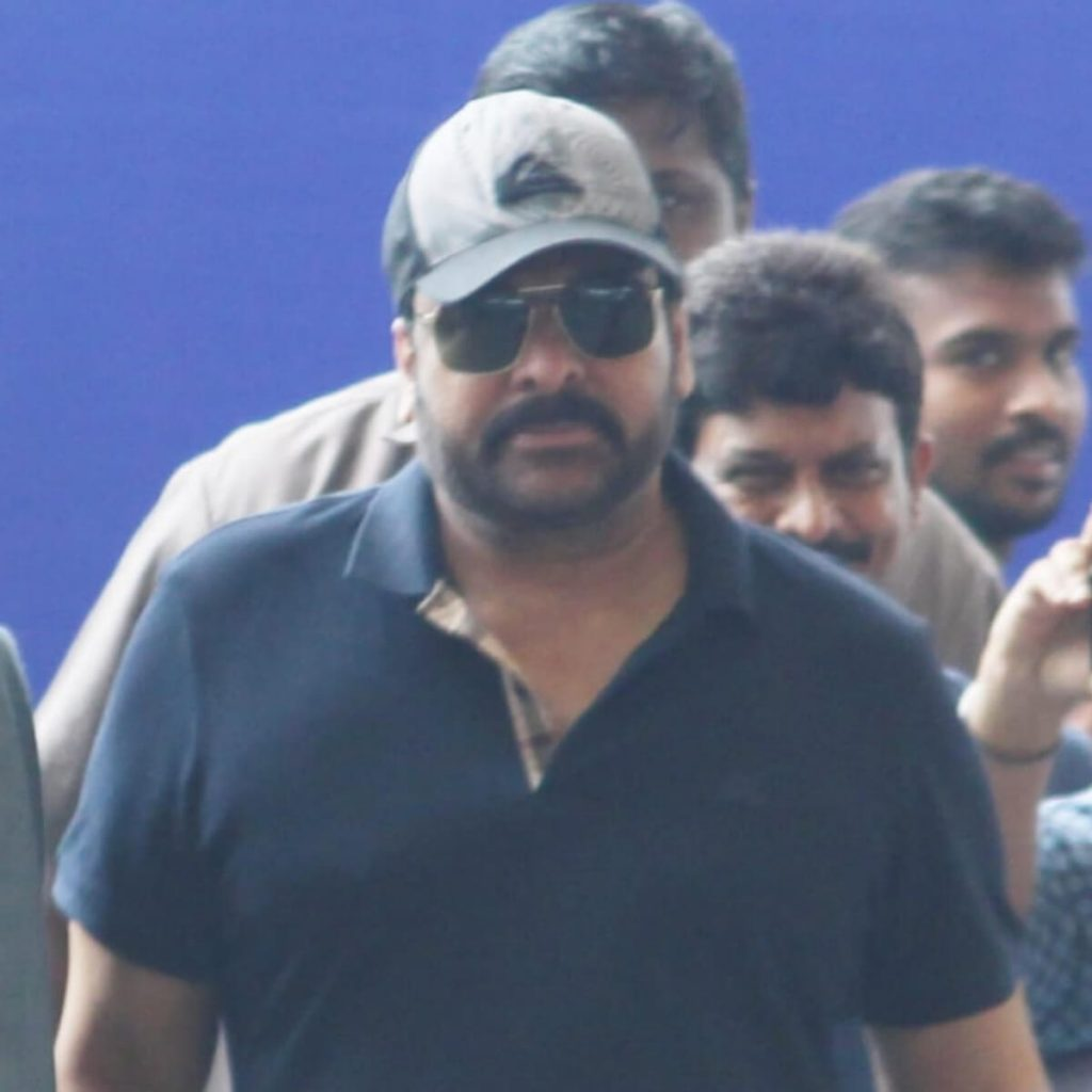 Chiranjeevi Date Of Birth, Family, Son, Age, Photos(images), Wife, Height, Biography, Net Worth, Birthplace, Education, Wiki, Youtube, Residence, Awards, Facebook, Twitter, Instagram, Imdb, Webs ( (5)