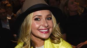 Hayden Panettiere Net Worth, Husband, Height, Age, Daughter, Family, Birthday, Images(photos), Biography, Awards, Education, Website, Wiki, Twitter, Instagram, Facebook, Imdb, Youtube (31)