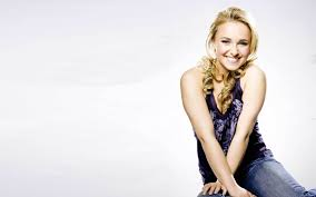 Hayden Panettiere Net Worth, Husband, Height, Age, Daughter, Family, Birthday, Images(photos), Biography, Awards, Education, Website, Wiki, Twitter, Instagram, Facebook, Imdb, Youtube (57)