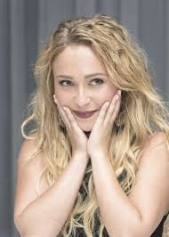 Hayden Panettiere Net Worth, Husband, Height, Age, Daughter, Family, Birthday, Images(photos), Biography, Awards, Education, Website, Wiki, Twitter, Instagram, Facebook, Imdb, Youtube (66)