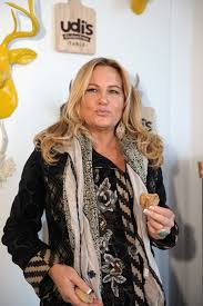 Jennifer Coolidge Net Worth, Husband, Age, Height, Date Of Birth, Biography, Photos(images), Family, Wiki, Instagram, Twitter, Facebook, Imdb, Youtube, Website (45)