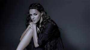 Neha Dhupia Net Worth, Date Of Birth, Biography, Height, Baby, Marriage, Husband, Photo(images), Education, Awards, Instagram, Wiki, Twitter, Facebook, Imdb, Website, Youtube (24)