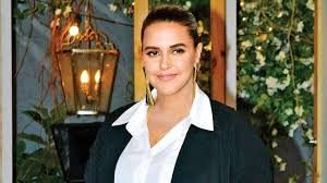 Neha Dhupia Net Worth, Date Of Birth, Biography, Height, Baby, Marriage, Husband, Photo(images), Education, Awards, Instagram, Wiki, Twitter, Facebook, Imdb, Website, Youtube (8)