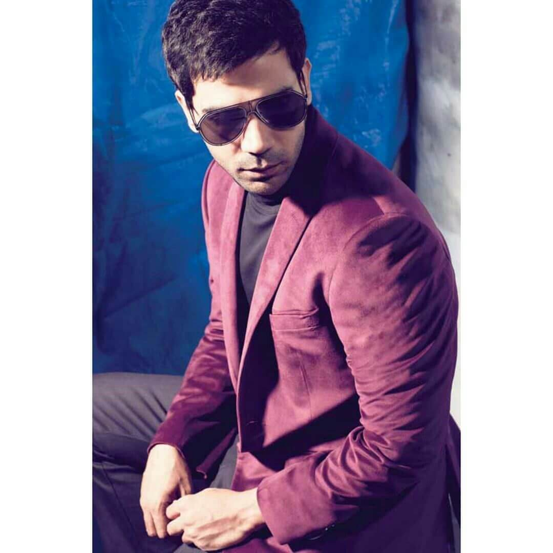 Rajkummar Rao Date Of Birth, Biography, Height, Wife, Net Worth, Age, Education, Awards, Father, Images(photos), Wiki, Twitter, Facebook, Instagram, Imdb (12)