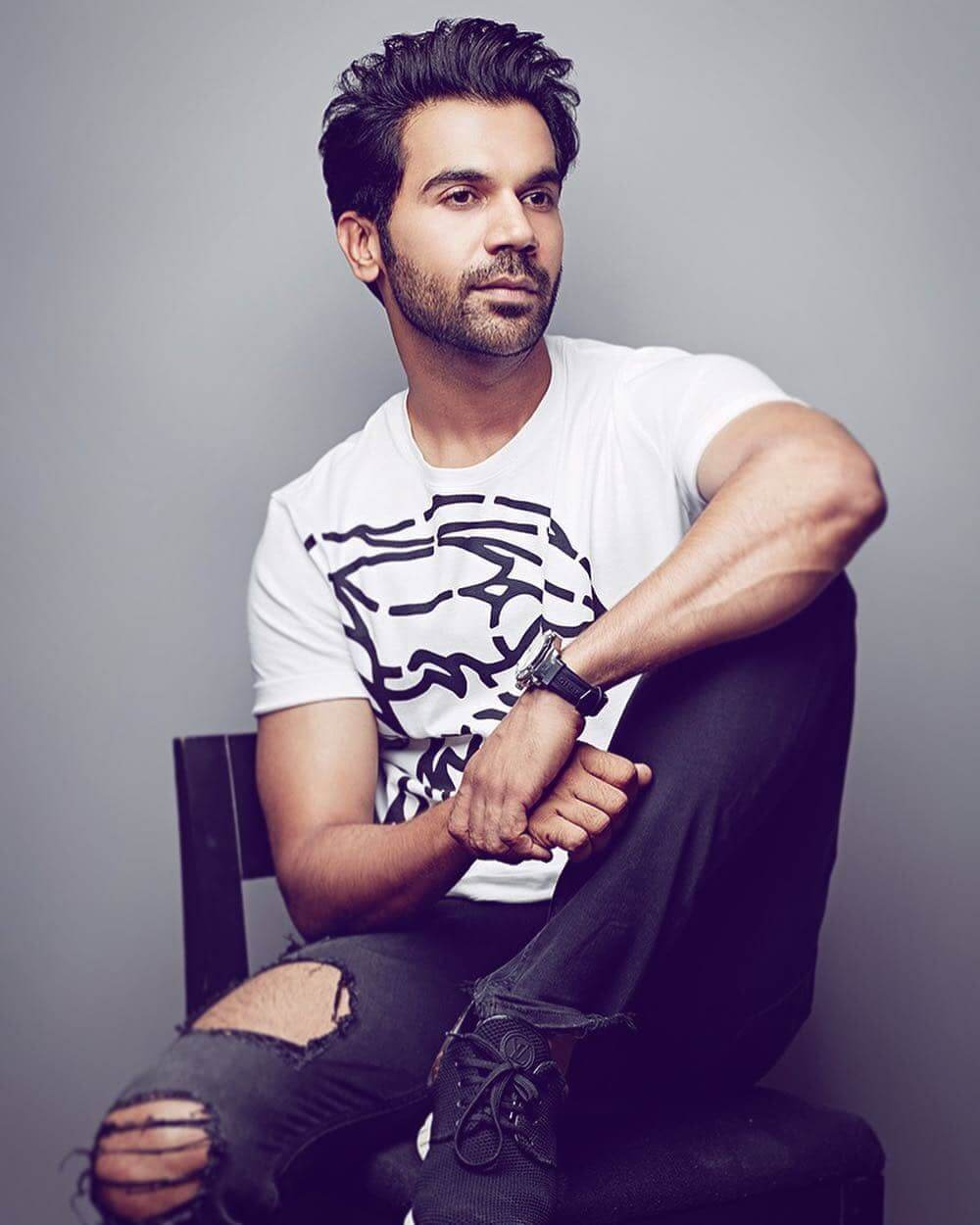 Rajkummar Rao Date Of Birth, Biography, Height, Wife, Net Worth, Age, Education, Awards, Father, Images(photos), Wiki, Twitter, Facebook, Instagram, Imdb (37)