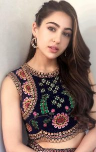 Sara Ali Khan Education, Birthday, Family, Boyfriend, Biography, Old Pictures, Weight Loss, Father, Age, Mother, Height, Image, Photo, Pic, Before, Instagram, Wiki (10)
