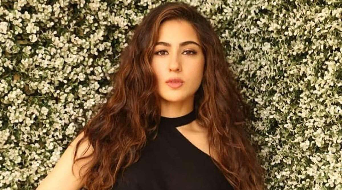 Sara Ali Khan Education, Birthday, Family, Boyfriend, Biography, Old Pictures, Weight Loss, Father, Age, Mother, Height, Image, Photo, Pic, Before, Instagram, Wiki (16)