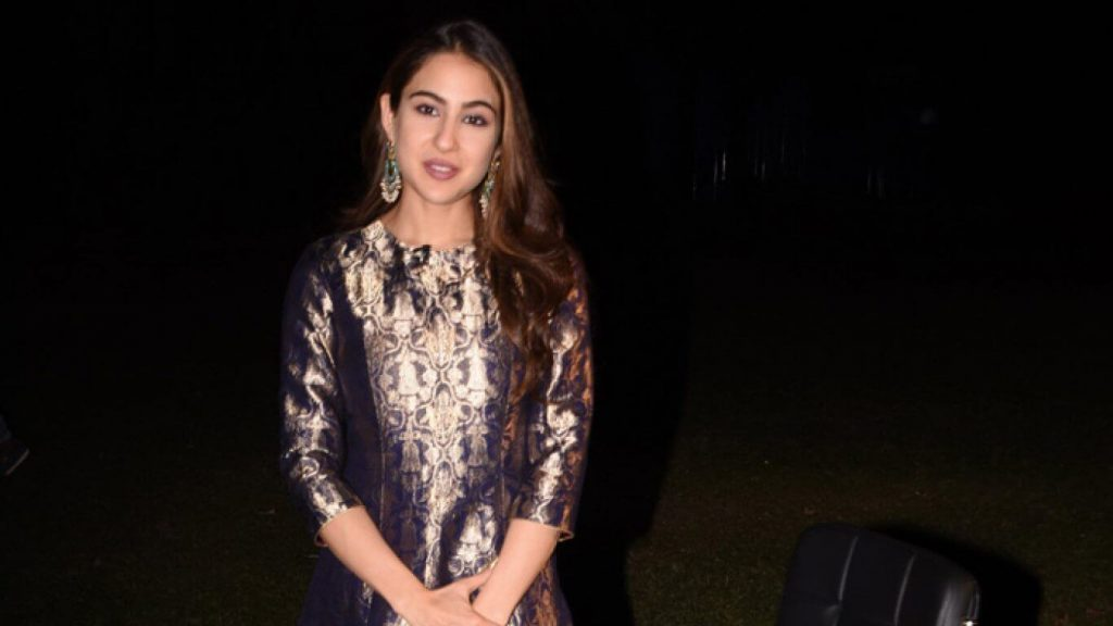 Sara Ali Khan Education, Birthday, Family, Boyfriend, Biography, Old Pictures, Weight Loss, Father, Age, Mother, Height, Image, Photo, Pic, Before, Instagram, Wiki (29)