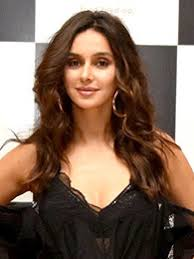 Shibani Dandekar Date Of Birth, Net Worth, Husband, Height, Images(photos), Details, Age, Biography, Birthplace, Wiki, Instagram, Facebook, Twitter, Imdb, Website (10)