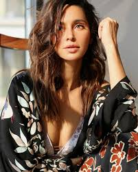 Shibani Dandekar Date Of Birth, Net Worth, Husband, Height, Images(photos), Details, Age, Biography, Birthplace, Wiki, Instagram, Facebook, Twitter, Imdb, Website (9)