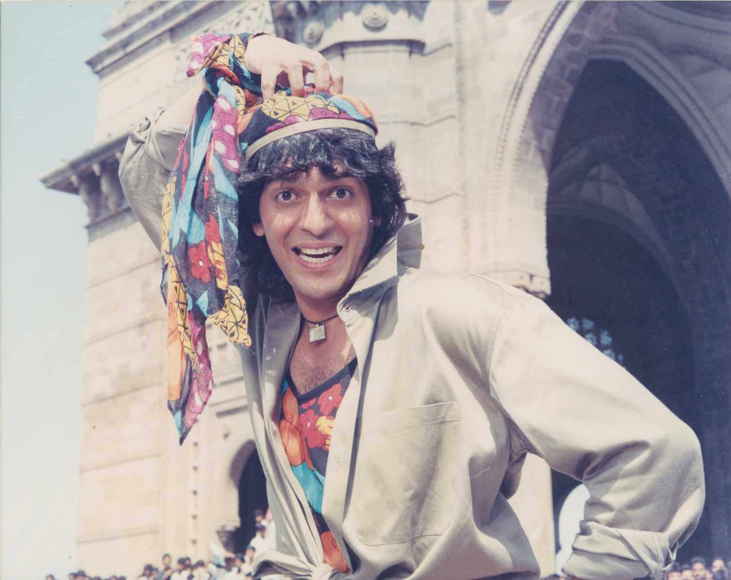 Chunky Pandey Age, Son, Daughter, Net Worth, Family, Kids, Biography, Date Of Birth, Image(photo), Wife, Brother, Address, Height, Wiki, Twitter, Imdb, Facebook, Education, Instagram (2)