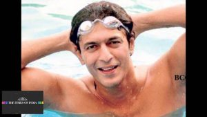Chunky Pandey Age, Son, Daughter, Net Worth, Family, Kids, Biography, Date Of Birth, Image(photo), Wife, Brother, Address, Height, Wiki, Twitter, Imdb, Facebook, Education, Instagram (31)
