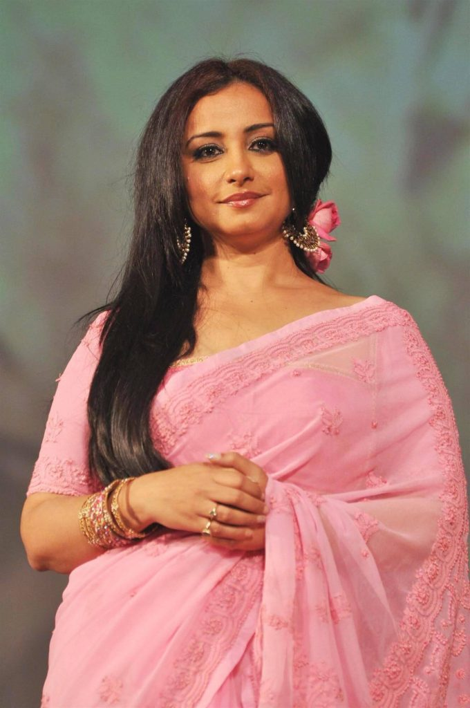 Divya Dutta Age, Height, Photos, Date Of Birth, Daughter, Net Worth, Biography, Husband, Instagram, Wiki, Facebook, Twitter, Imdb, Youtube, Website, Awards (4)