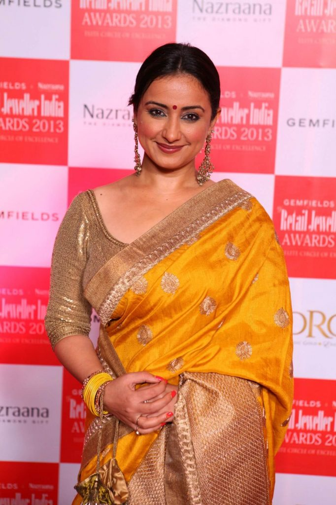 Divya Dutta Age, Height, Photos, Date Of Birth, Daughter, Net Worth, Biography, Husband, Instagram, Wiki, Facebook, Twitter, Imdb, Youtube, Website, Awards (6)