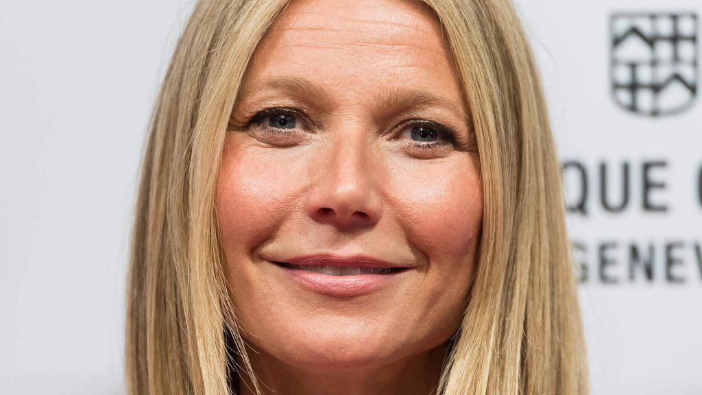Gwyneth Paltrow Kids, Husband, Wedding, Net Worth, Age, Mom, Height, Daughter, Birthday, Photos, Goop, Instagram, Imdb, Website, Awards, Youtube, Biography, Twitter, Wiki, Facebook, Linkedin ( (44)