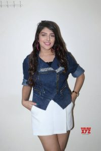 Ishita Chauhan Age, Family, Photos(images), Biography, Parents, Education, Birthday,net Worth, Height, Boyfriend, Instagram, Wiki, Twitter, Facebook, Imdb (2)