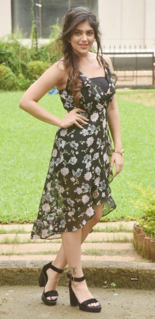 Ishita Chauhan Age, Family, Photos(images), Biography, Parents, Education, Birthday,net Worth, Height, Boyfriend, Instagram, Wiki, Twitter, Facebook, Imdb (24)