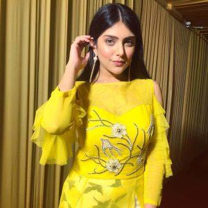 Ishita Chauhan Age, Family, Photos(images), Biography, Parents, Education, Birthday,net Worth, Height, Boyfriend, Instagram, Wiki, Twitter, Facebook, Imdb (4)