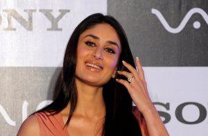 Kareena Kapoor Khan Age Kareena Kapoor Birthday Date, Images, Photos, Son, Birthdate, Height, Picture In Saree, Net Worth, Husband, Family, Instagram (28)