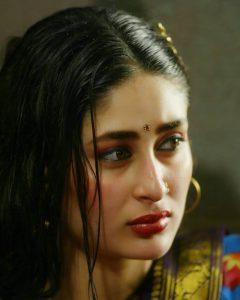 Kareena Kapoor Khan Age Kareena Kapoor Birthday Date, Images, Photos, Son, Birthdate, Height, Picture In Saree, Net Worth, Husband, Family, Instagram (29)