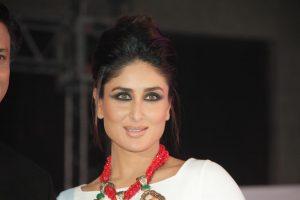 Kareena Kapoor Khan Age Kareena Kapoor Birthday Date, Images, Photos, Son, Birthdate, Height, Picture In Saree, Net Worth, Husband, Family, Instagram (3)