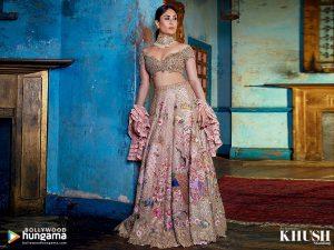 Kareena Kapoor Khan Age Kareena Kapoor Birthday Date, Images, Photos, Son, Birthdate, Height, Picture In Saree, Net Worth, Husband, Family, Instagram (33)