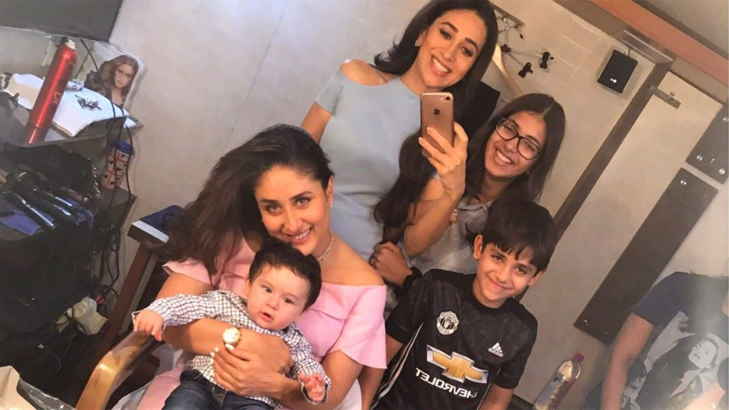 Kareena Kapoor Khan Age Kareena Kapoor Birthday Date, Images, Photos, Son, Birthdate, Height, Picture In Saree, Net Worth, Husband, Family, Instagram (34)