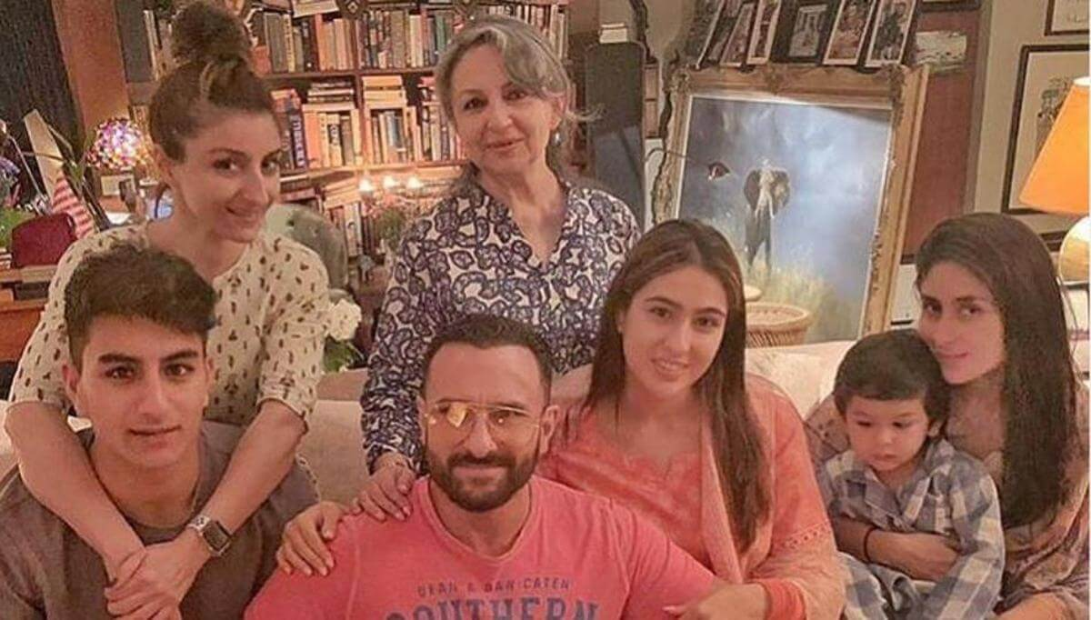 Kareena Kapoor Khan Age Kareena Kapoor Birthday Date, Images, Photos, Son, Birthdate, Height, Picture In Saree, Net Worth, Husband, Family, Instagram (50)