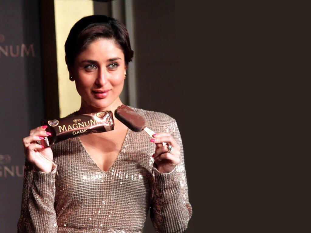 Kareena Kapoor Khan Age Kareena Kapoor Birthday Date, Images, Photos, Son, Birthdate, Height, Picture In Saree, Net Worth, Husband, Family, Instagram (9)