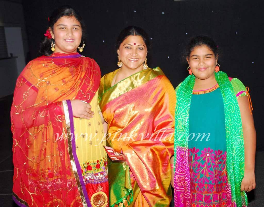 Kushboo Daughters, Family, Height, Age, Husband, Net Worth, Biography, Date Of Birth, Twiiter, Wiki, Photos, Instagram, Imdb, Facebook, Website, Youtube (2) (1)