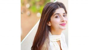 Mawra Hocane Age, Husband, Images(pic), Biography, Education, Height, Sister, Birthday, Family, , Net Worth, Instagram, Twitter, Wiki, Facebook, Imdb (20)