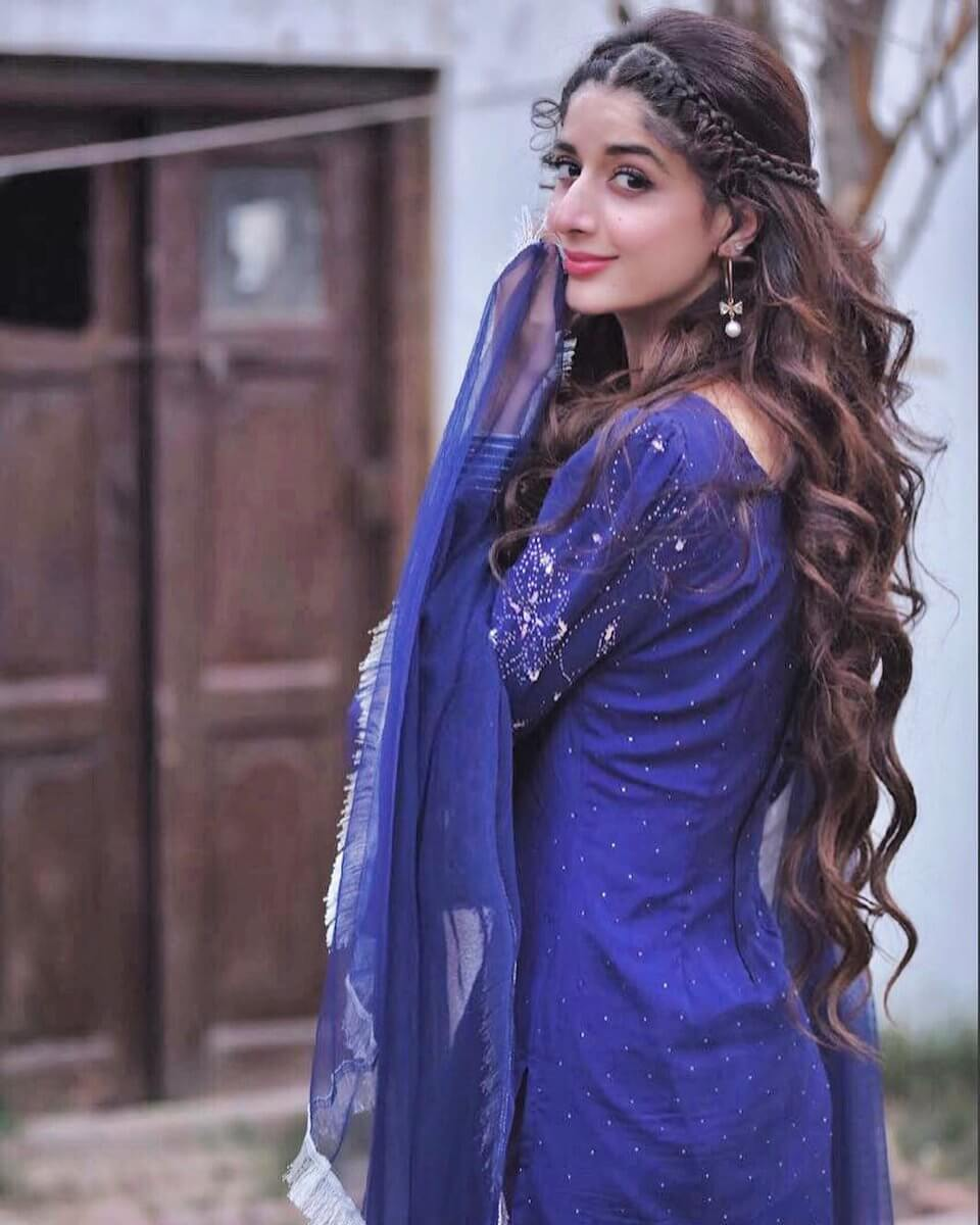 Mawra Hocane Age, Husband, Images(pic), Biography, Education, Height, Sister, Birthday, Family, , Net Worth, Instagram, Twitter, Wiki, Facebook, Imdb (22)