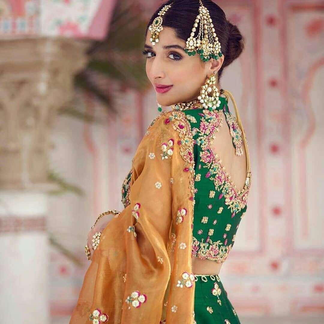 Mawra Hocane Age, Husband, Images(pic), Biography, Education, Height, Sister, Birthday, Family, , Net Worth, Instagram, Twitter, Wiki, Facebook, Imdb (24)