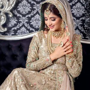 Mawra Hocane Age, Husband, Images(pic), Biography, Education, Height, Sister, Birthday, Family, , Net Worth, Instagram, Twitter, Wiki, Facebook, Imdb (41)