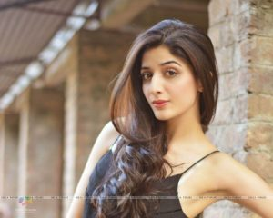 Mawra Hocane Age, Husband, Images(pic), Biography, Education, Height, Sister, Birthday, Family, , Net Worth, Instagram, Twitter, Wiki, Facebook, Imdb (50)