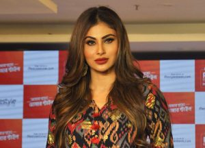 Mouni Roy age, photo(images), boyfriend, bio, height, family, date of birth, net worth, details, hairstyle, height, education, instagram, wiki, twitter, facebook, imdb, youtube