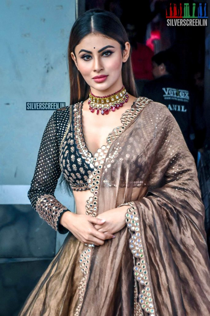 Mouni Roy Age, Photo(images), Boyfriend, Bio, Height, Family, Date Of Birth, Net Worth, Details, Hairstyle, Height, Education, Instagram, Wiki, Twitter, Facebook, Imdb, Youtube (2)