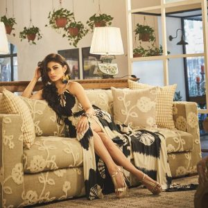 Mouni Roy Age, Photo(images), Boyfriend, Bio, Height, Family, Date Of Birth, Net Worth, Details, Hairstyle, Height, Education, Instagram, Wiki, Twitter, Facebook, Imdb, Youtube (24)